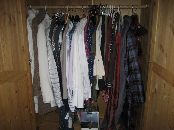 Kleiderschrank nachher